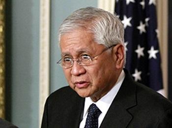 Former DFA Secretary Alberto del Rosario