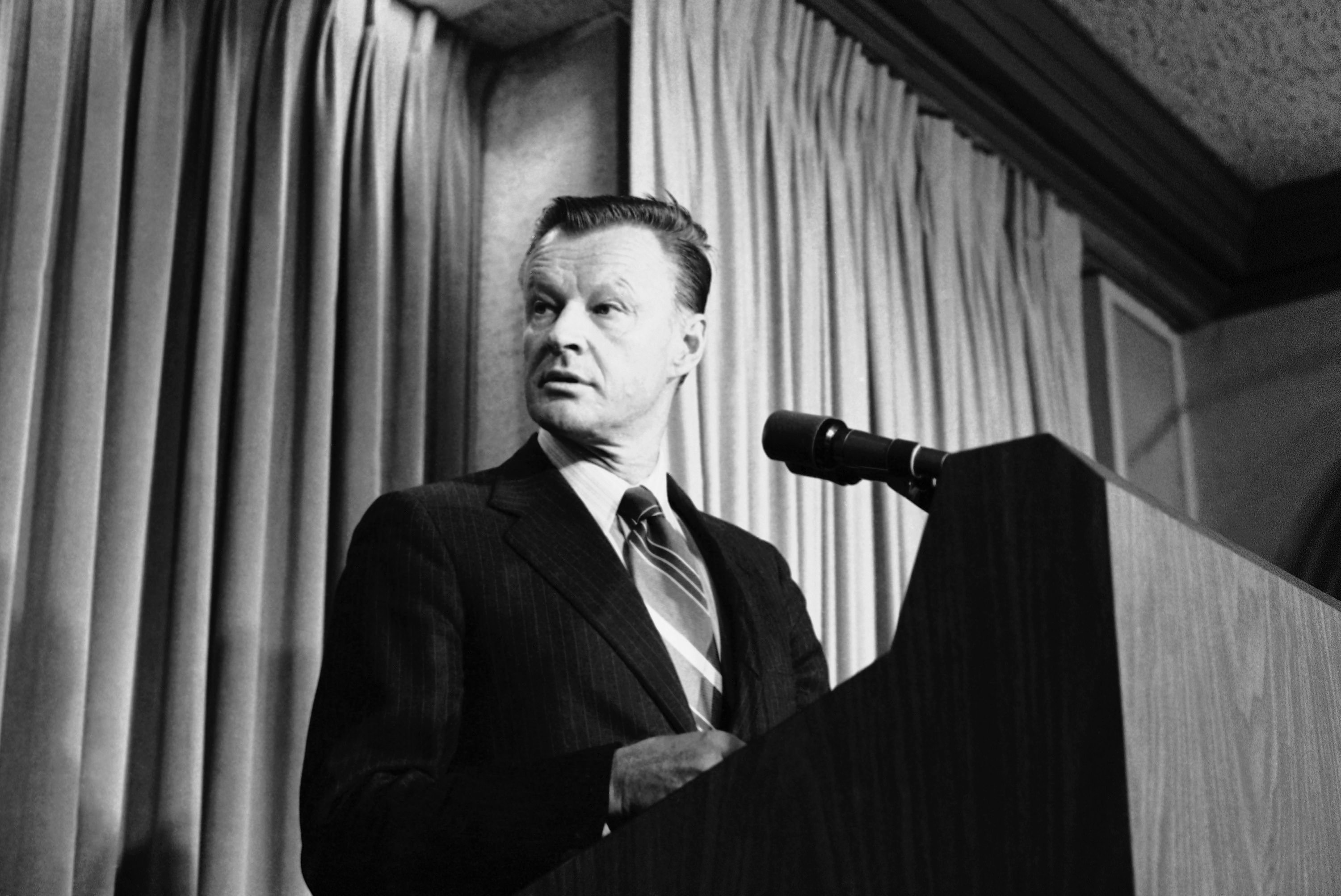 © AP Photo/ Tasnadi National Security Affairs Adviser Zbigniew Brzezinski tells a Washington news briefing in Washington,, Friday, May 11, 1979 that President Carter and Soviet President Leonid Brezhnev will meet from June 15 to 18 in Vienna to sign their new Salt II treaty