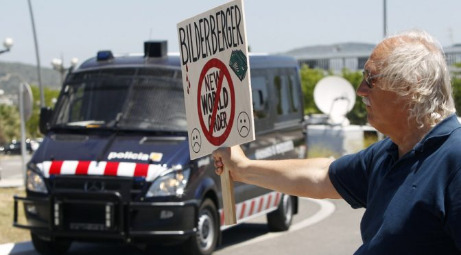 Anonymous Hacks Bilderberg